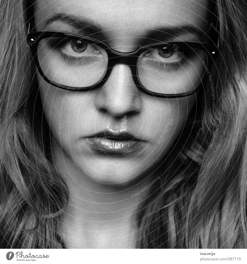 Woman with glasses pretty Skin Face Feminine Young woman Youth (Young adults) Adults 1 Human being 18 - 30 years Accessory Jewellery Eyeglasses Long-haired