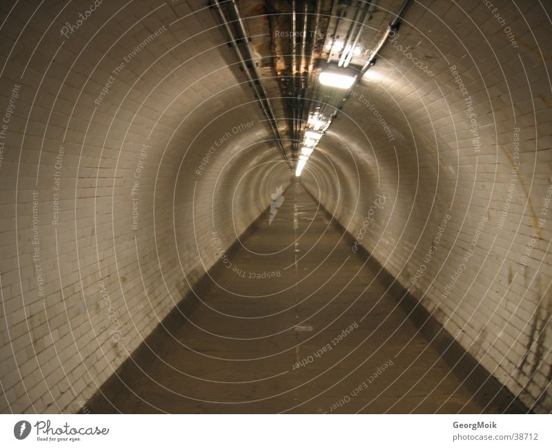 The way into the unknown Tunnel Long Brown Themse Sidewalk Round Iron-pipe