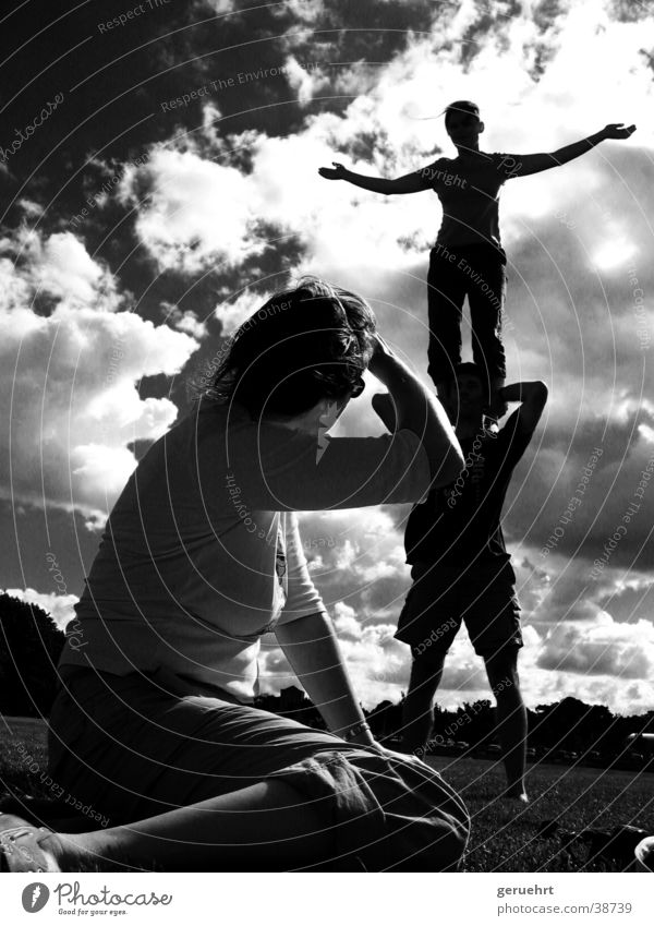 Clouds Group Arm Stand Observe Shoulder Acrobat Barefoot Dazzle Gymnastics Acrobatics Outstretched Consecutively