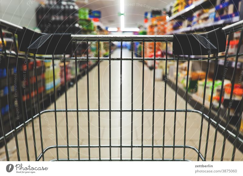 Shopping trolley in the supermarket Selection Demand discount purchasing Shopping Trolley shopping basket Nutrition Eating haufhalle Food Livelihood