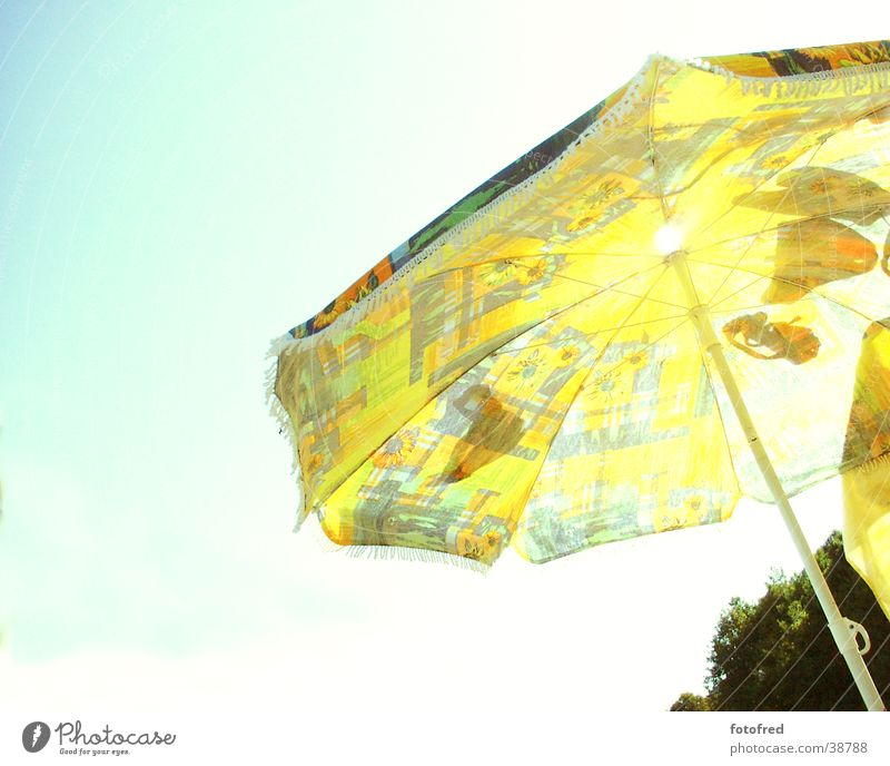 parasol Back-light Wide angle Yellow Summer Leisure and hobbies Sky Blue
