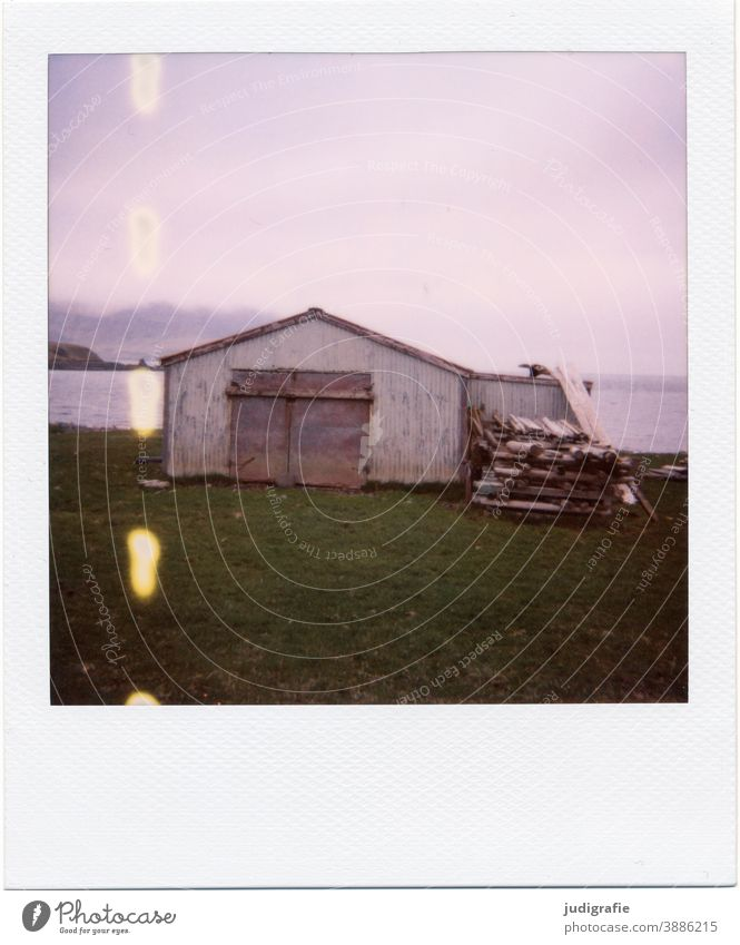 Icelandic house on Polaroid House (Residential Structure) Hut Flake Boathouse Fjord Living by the water Wood Goal Entrance Deserted Colour photo Exterior shot