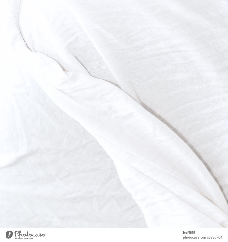 a white sheet throws wrinkle patterns White white background Sheets Bed Bedclothes Pattern Bedroom Morning Sleep Blanket Arise forsake sb./sth. crease Wake up
