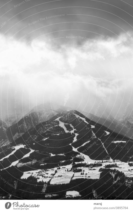 There's something brewing over the Hochwurzen. threatening sky hochwurzen Mountain Vacation & Travel Alps Nature Peak Snowcapped peak Winter