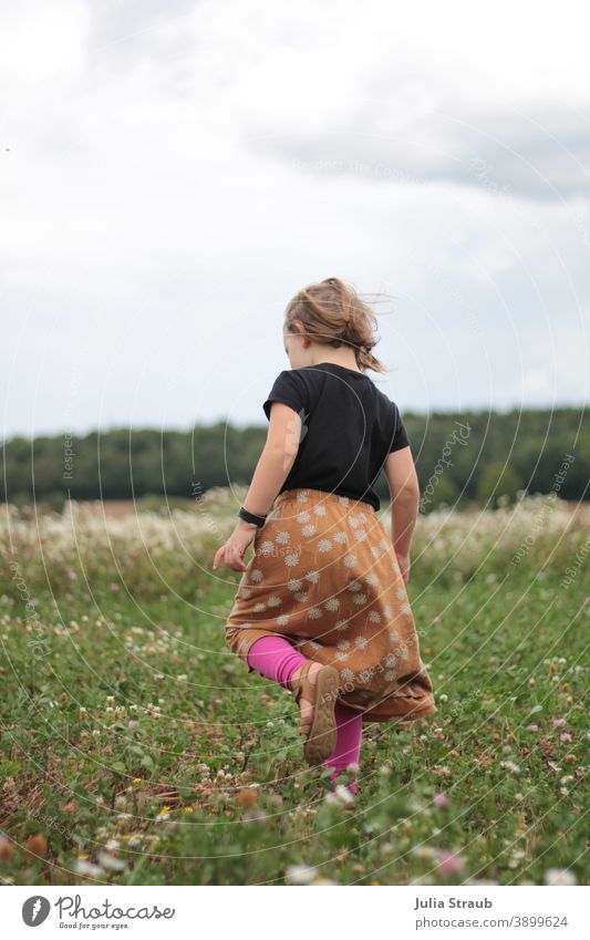 Girl runs in summer on a clover and camomile field Summer Clover Chamomile White pink Leggings Skirt Ecological Ecotourism organic farming Organic farming Black