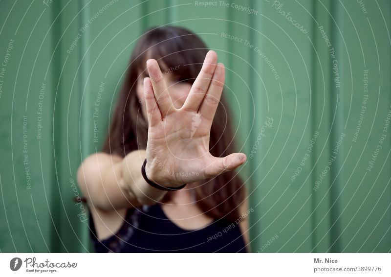 Mrs. Spock spock Vulcan Hand Fingers Woman Hair and hairstyles Long-haired Black Green Concealed incognito Sign Communicate Gesture Sign language Star Trek