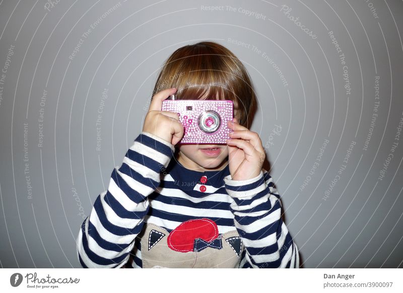 Child with camera Photographer photographer Camera-man cinematographer toy camera