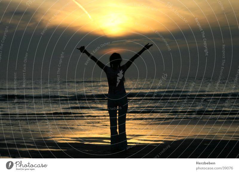 recharge one's batteries Woman Ocean Sunset Waves Beach Joie de vivre (Vitality) Gold Evening Arm