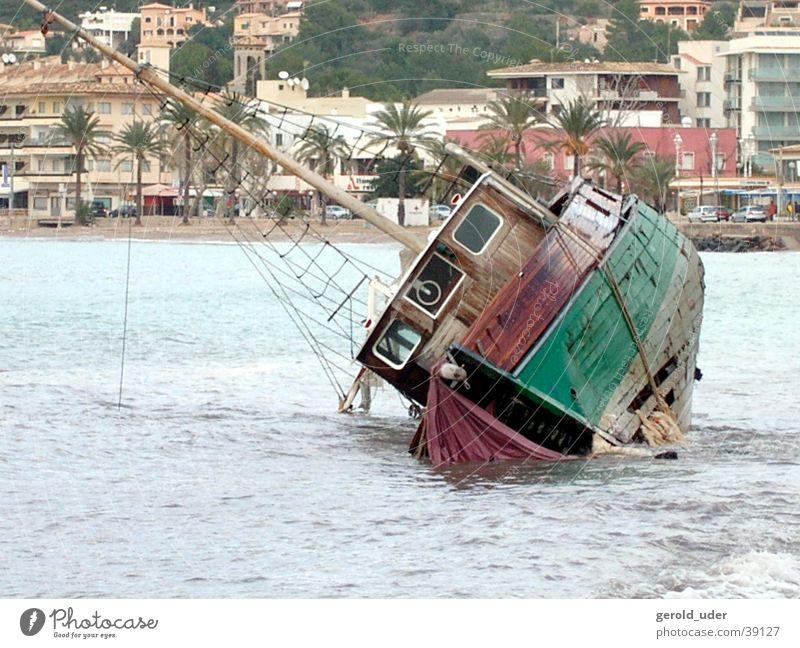 wreck Watercraft Broken Ocean Destruction Gale Waves Wreck