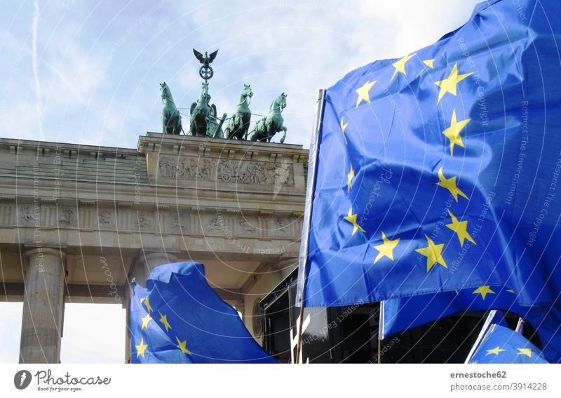 March for Europe, Demo for Europe in front of the Brandenburg Gate Potsdamer Platz Berlin Germany Berlin zoo symbol Sieg Victoria Zoo tunnel Middle Quadriga