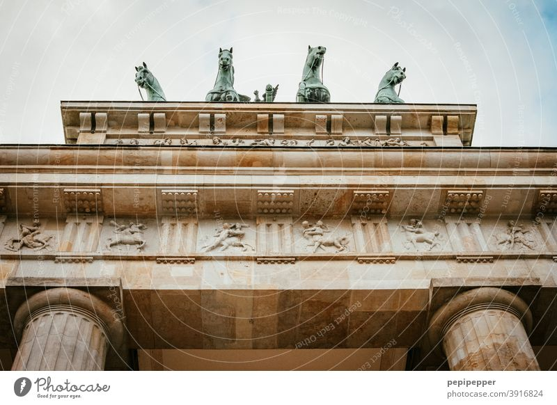 Brandenburg Gate Berlin Architecture Capital city Germany Landmark Tourist Attraction Monument Exterior shot Manmade structures Colour photo Deserted Goal