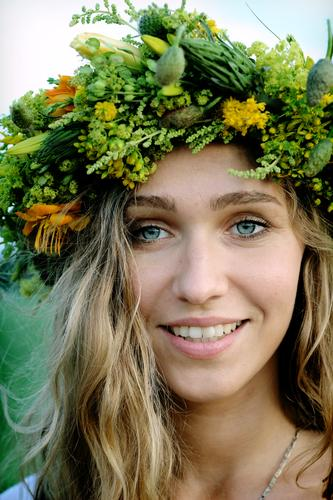 midsummer smile Human being Youth (Young adults) Vacation & Travel Beautiful Flower Young woman Adults Face 18 - 30 years Life Feminine To talk Funny Think