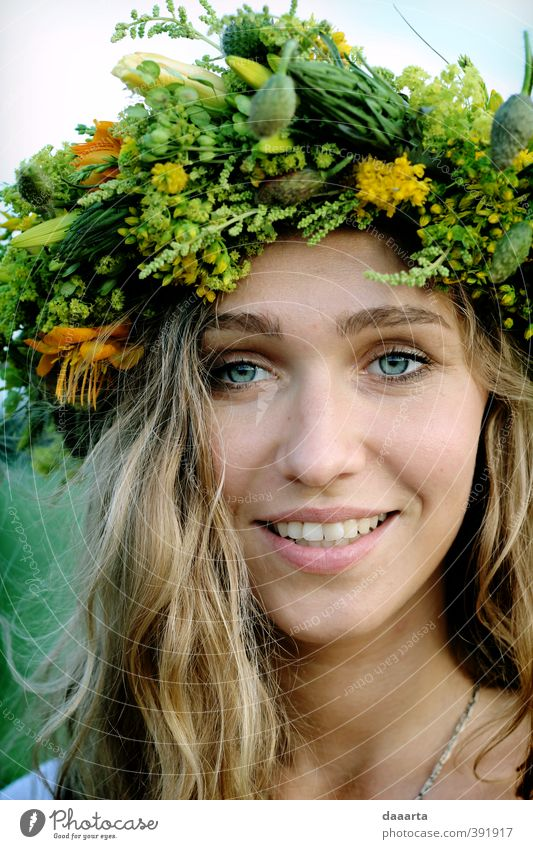 midsummer smile Life Vacation & Travel Adventure Summer solstice Crown Entertainment Event Human being Feminine Young woman Youth (Young adults) Face 1