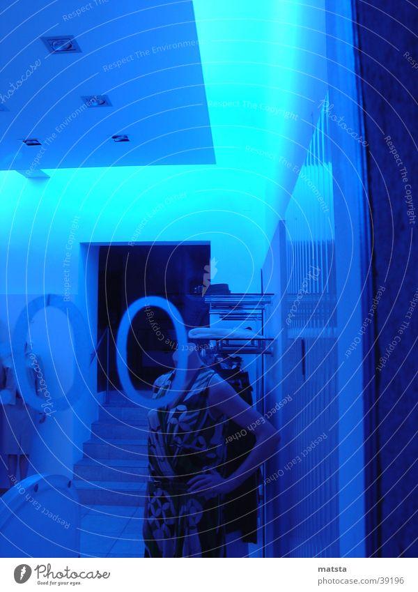 Blue Architecture Neon light Mannequin Shop window