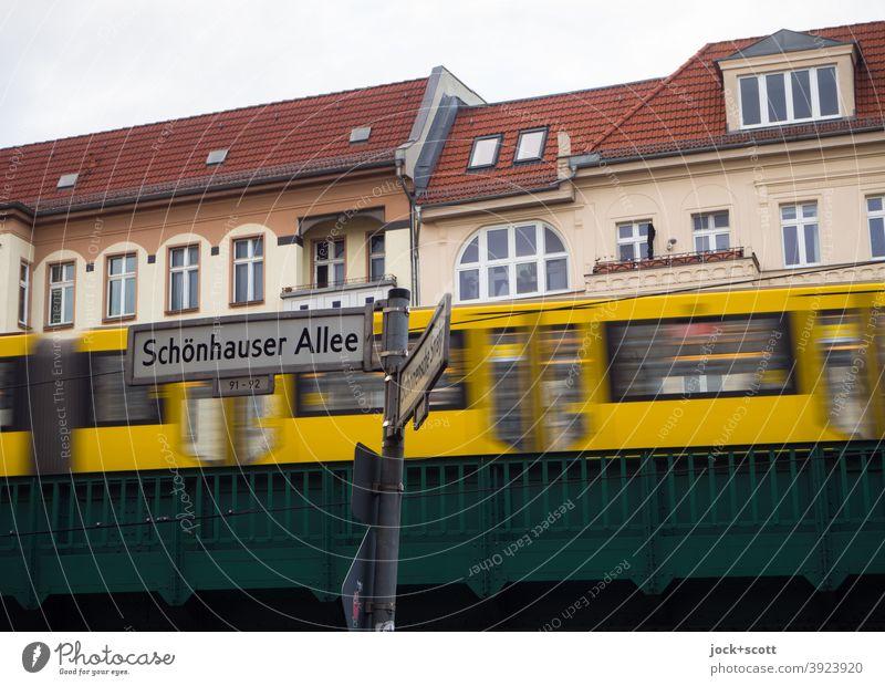 Corner Schönhauser Allee Public transit Traffic infrastructure Means of transport Prenzlauer Berg Rail transport Mono rail Housefront streetlamp Underground