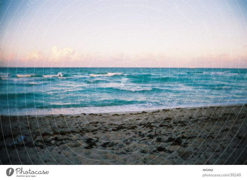 Dream Beach Vacation & Travel Vancouver Sand Water Sandy beach Swell Horizon Vignetting Deserted Copy Space top Far-off places Vacation photo