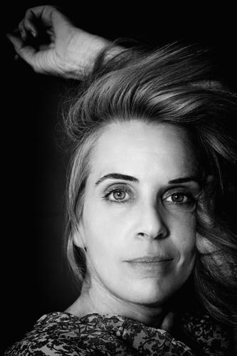 beauty mature woman III, spain portrait beautiful attractive style attitude allure blonde one people romantic romantic attitude hand gray maturity adulthood