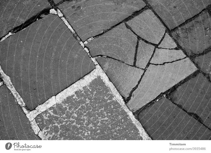 Repairs with flair Stone slab interstices cracks Repaired Gray Black & white photo lines Deserted Places