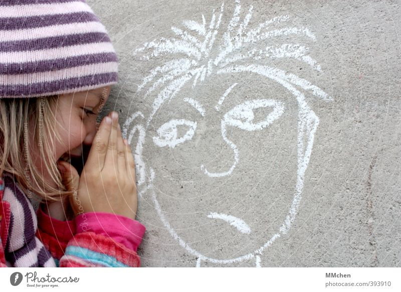 Let me tell you something. Leisure and hobbies Playing Child Girl 1 Human being 2 3 - 8 years Infancy Wall (barrier) Wall (building) Concrete Graffiti Smiling