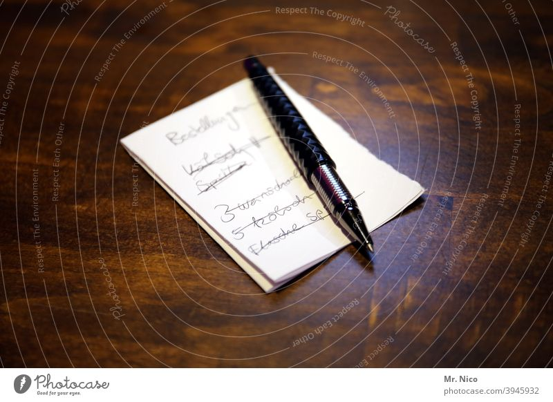 take orders Piece of paper Ballpoint pen Paper Pen Write writing down write down notepad notes Notepad Order Workplace Gastronomy Roadhouse Counter Canceled