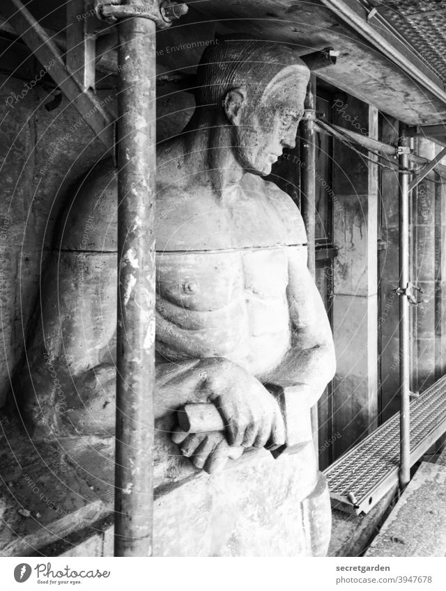 Let me show you how it's done. Figure Monument Preservation of historic sites monument preservation protected as a historic monument Black & white photo