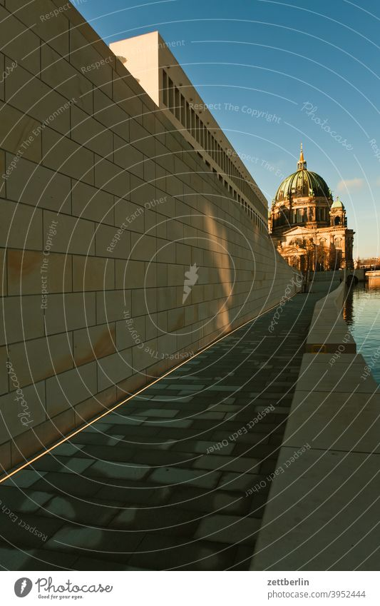Humboldt Forum and Berlin Cathedral Architecture berlin castle Office city Germany Television tower Worm's-eye view Capital city House (Residential Structure)