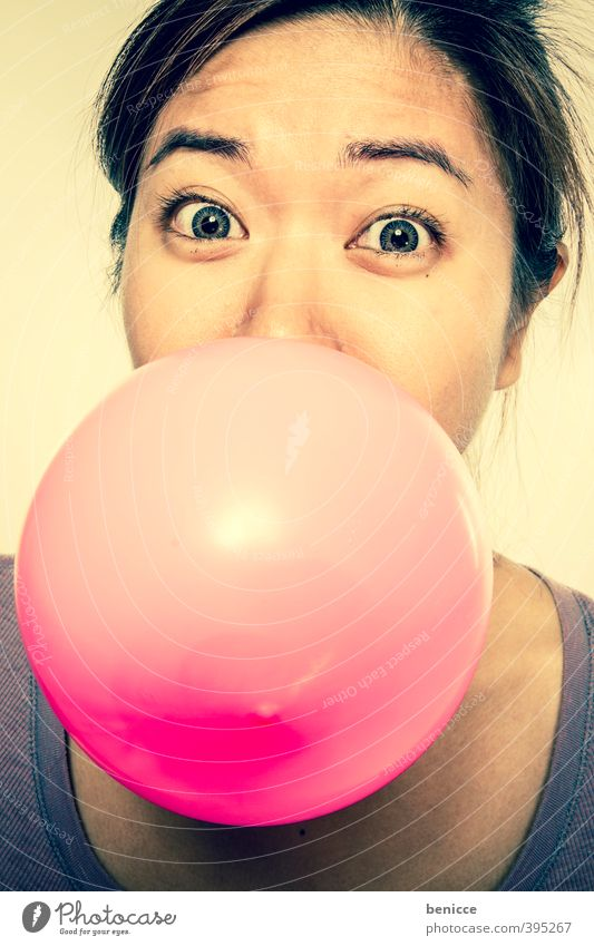burst bubble Woman Human being Asians Chinese Balloon Hot Air Balloon Air bubble Chewing gum Girl Pink Portrait photograph Funny Humor Joy