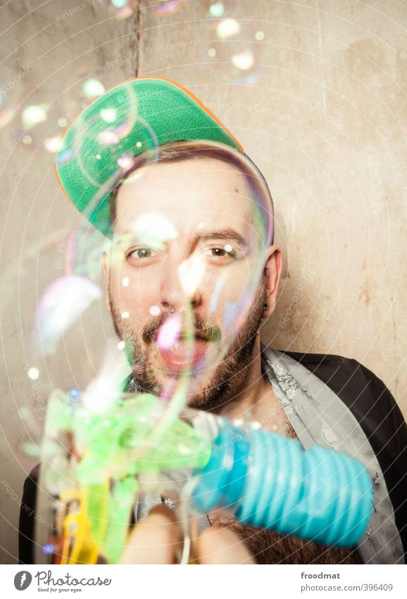 bubble shooter Human being Masculine Homosexual Young man Youth (Young adults) Man Adults 1 Cap Short-haired Facial hair Designer stubble Playing Brash