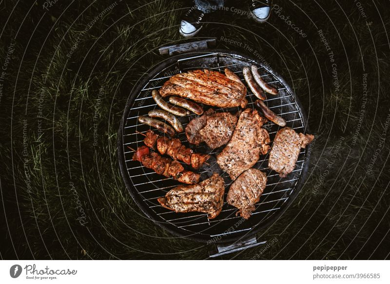 have a barbecue BBQ Barbecue (apparatus) Grill BBQ season Charcoal (cooking) Barbecue area grilled meat Churrasco Meat Food Delicious Nutrition Exterior shot