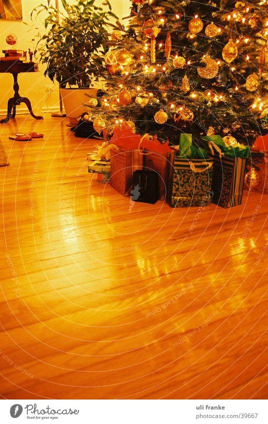 Christmas & Advent Gift Christmas tree Living or residing Christmas gift