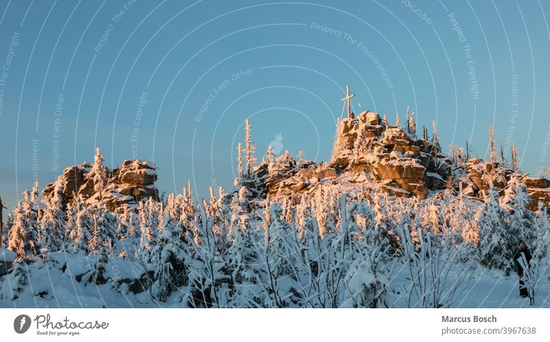 Three-seated rock in the evening light Triple chair Triple chair rock Rock Frost Summit Rocks granite rocks Sky Hill Highlands Low mountain range landscape