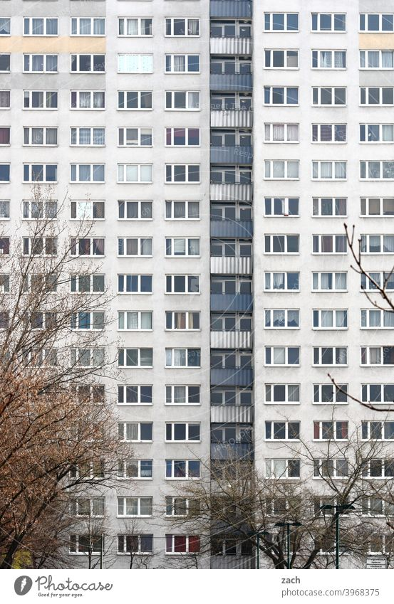 neighborhood Town House (Residential Structure) Gray Balcony Facade Prefab construction High-rise Manmade structures Architecture Concrete Overpopulated Marzahn
