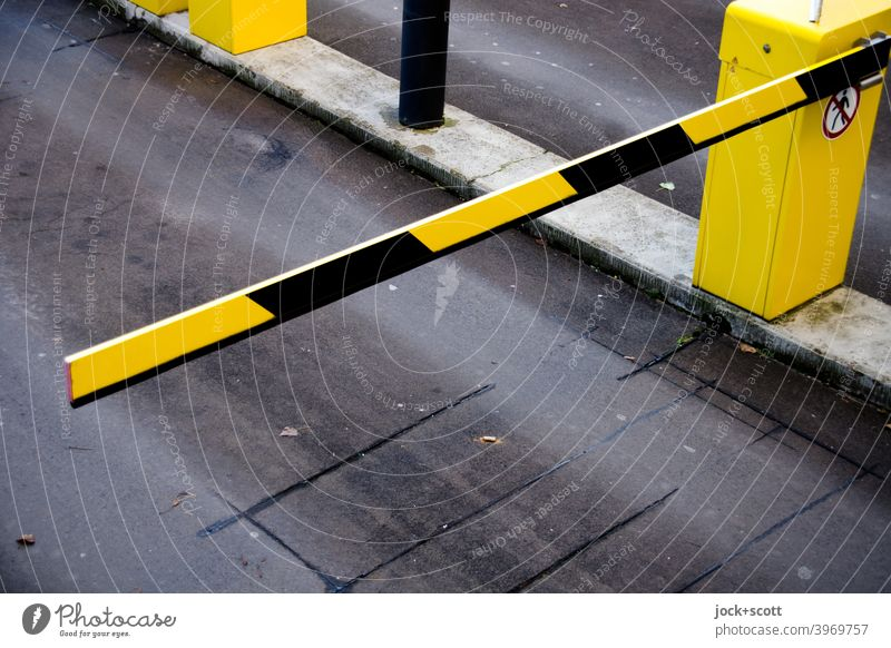 Access control system, barrier between you and the parking lot Parking barrier Street Highway ramp (entrance) Traffic infrastructure Bird's-eye view