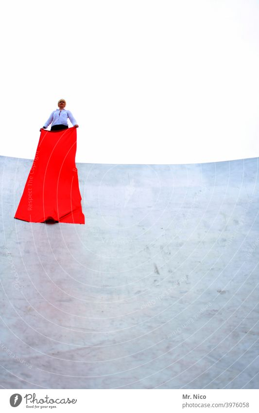 Staging Red Cloth White Woman Feminine Accessory Uniqueness Blonde Sky height Fashion show Whimsical Bizarre Concrete wall Open-air theater Elegant Rag