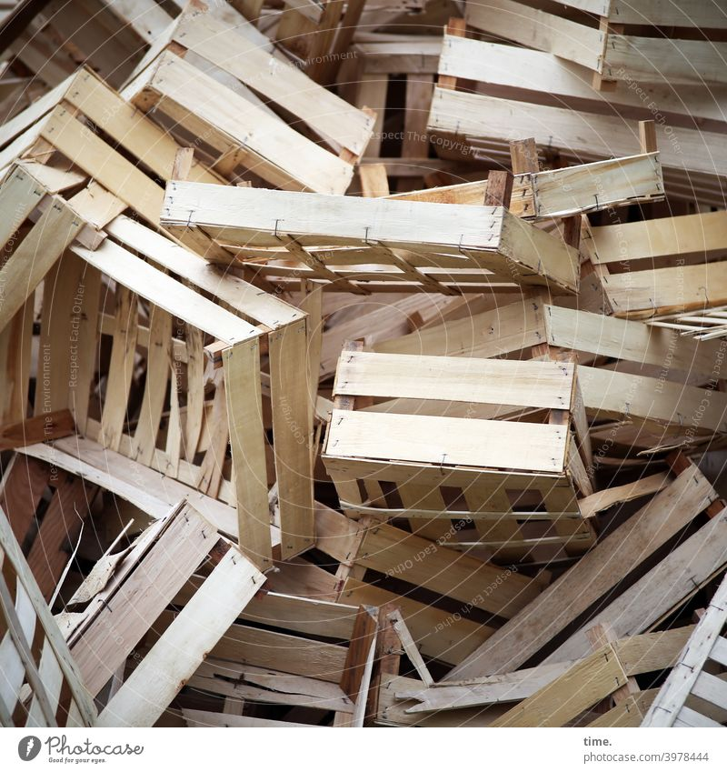 Wooden crate pile Wooden box Heap litter Muddled Agriculture resource unstable safekeeping Broken about each other Rack havoc disorder