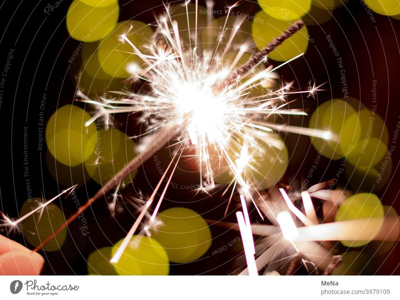 burning sparkler Sparkler star projector New Year's Eve Burn Party HappyNewYear Light Firecracker Birthday wish Congratulations Green Light in the dark