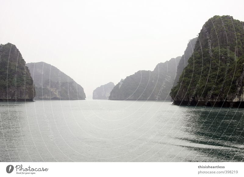 Nature Green Water Summer Ocean Loneliness Mountain Warmth Gray Rock Air Climate Tourism Island Bushes Trip