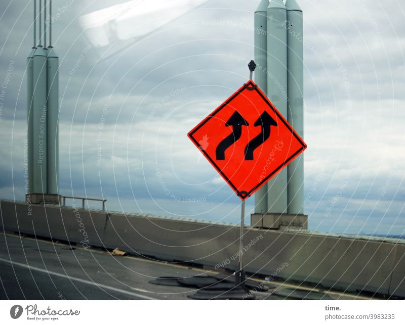 but now quickly | keep slightly to the right Construction site Road sign Arrow Colour Bridge reeds Concrete Street car traffic Transport reflection Sky Clouds