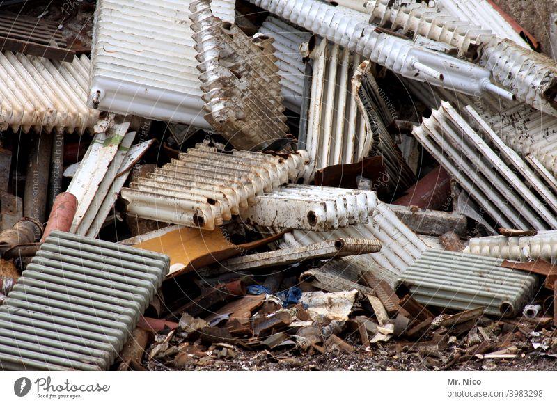 heavy metal VII Work and employment Industry Recycling Heater Ready for scrap Scrap metal Garbage dump Scrapyard Metal Steel Trash Environmental pollution Trade