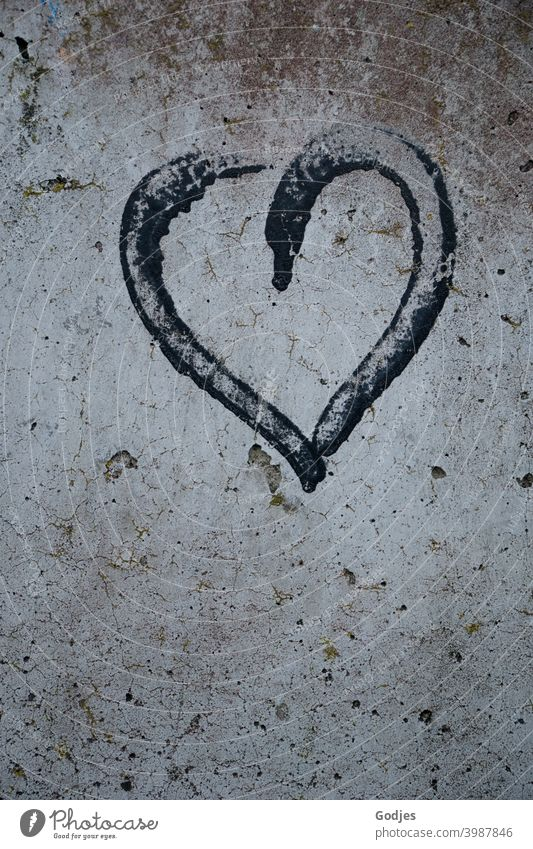 Graffiti black heart painted on concrete wall Heart Concrete Deserted Love Colour photo Wall (building) Wall (barrier) Exterior shot Sign Infatuation Romance