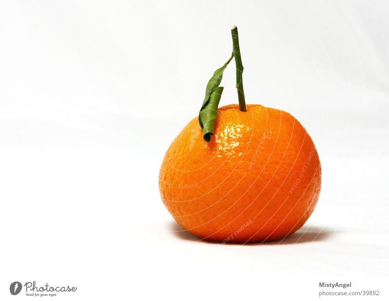 mandarin Tangerine Green Nutrition Orange Bright background color Fruit
