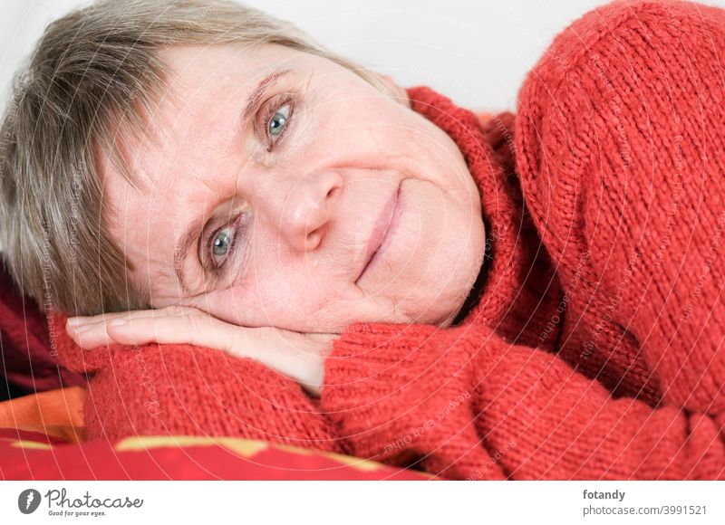 Lying on the side near Looking at the camera relax Woman Head and shoulders Portrait Elderly woman Satisfaction Relaxation Adult friendly lovely grey hair