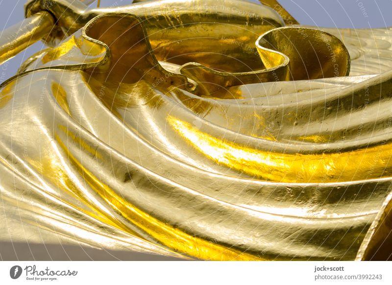 Gold leaf drapery Victory column Original Arts and crafts Goldelse victory statue Tourist Attraction Historic Victoria big star Berlin Figure Landmark leaf gold