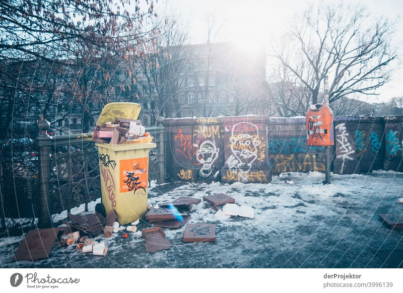 Admiralsbrücke with overfilled garbage can in winter in Kreuzberg II Wall (barrier) Wall (building) Hip & trendy Light Day Copy Space middle Exterior shot
