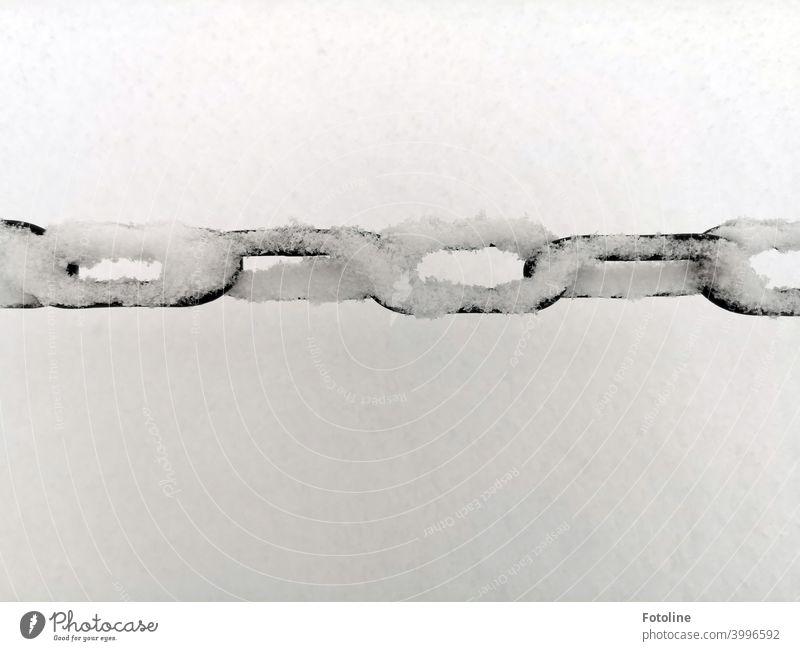snowy wrought-iron chain Chain Metal Iron Craft (trade) Old Historic Detail Exterior shot Chain links Deserted Black Black & white photo White Snow Snowflake