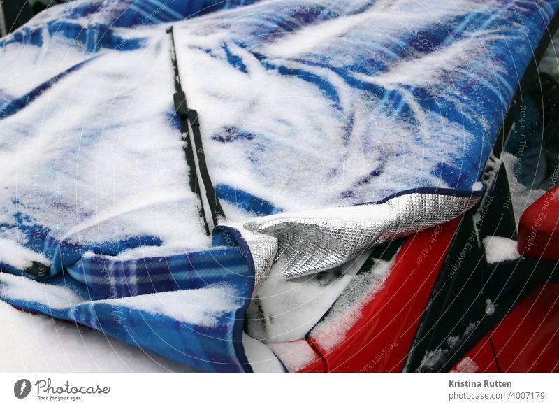 windshield with heat blanket and a little snow warm blanket Windscreen FRontwheel Windscreen wiper car Window Car Window Protection guard sb./sth. cover