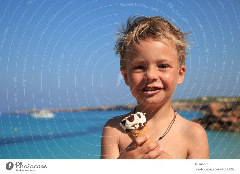 Sun, ice and sea Masculine Toddler Boy (child) 1 Human being 3 - 8 years Child Infancy Water Beautiful weather Coast Bay Leather strip Brunette Short-haired