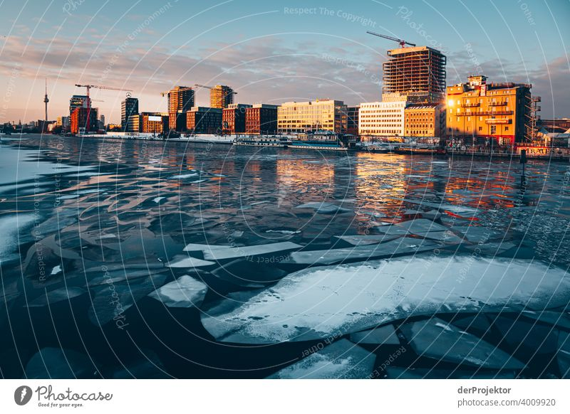 Sunset with floes in winter with Spree river Wall (barrier) Wall (building) Hip & trendy Light Day Copy Space middle Exterior shot Experimental Copy Space top