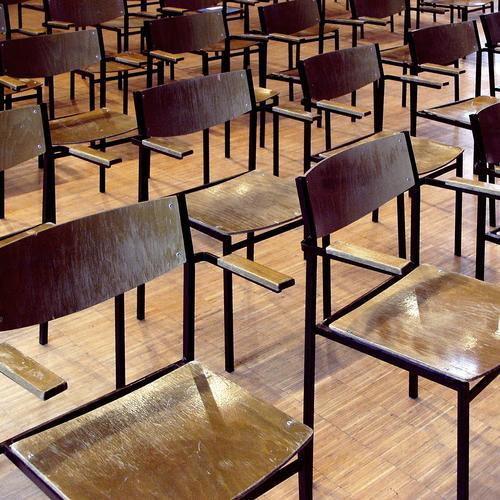 Conference format Chair chairs Parquet floor Wood Hall Hard corrected by Arrangement Beaded Behind one another gap Distance rule Wooden floor Steel
