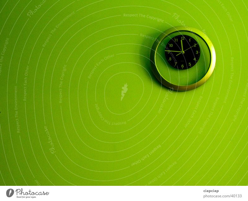 Green Wall (building) Time Clock Eye shadow